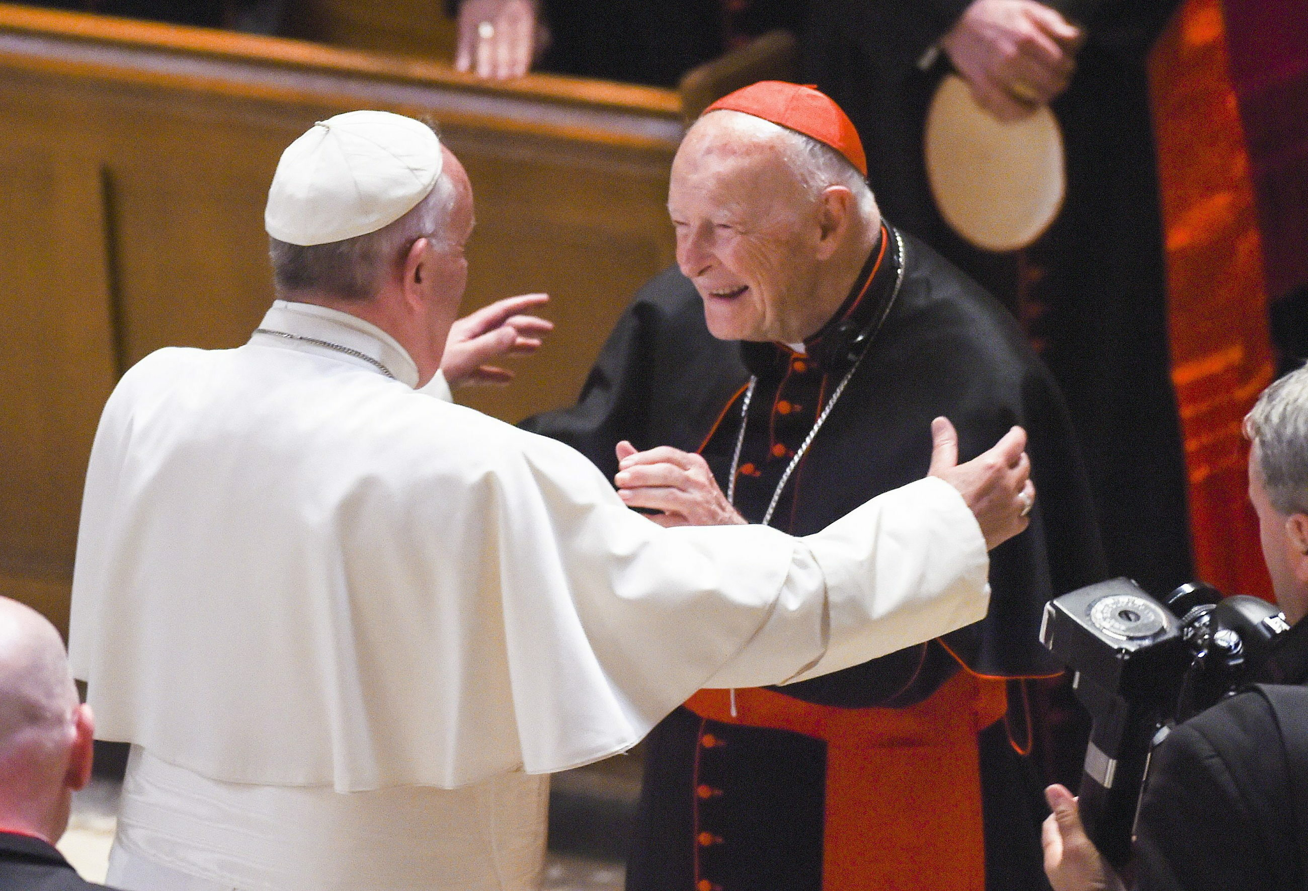 Wrzesień 2015 rok. Papież Franciszek i kardynał Theodore McCarrick podczas spotkania w Waszyngtonie.