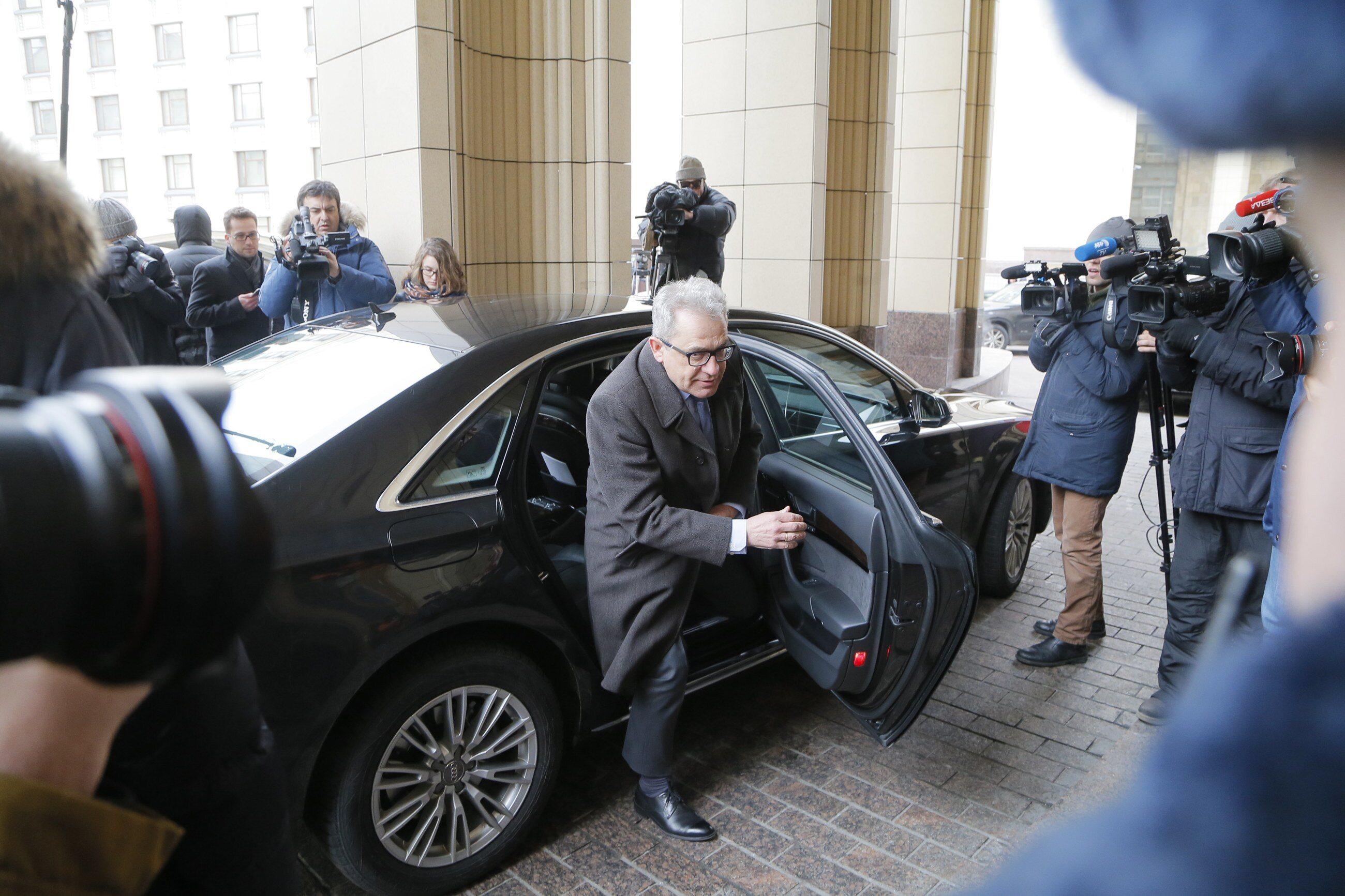Wśród wezwanych dzisiaj do MSZ dyplomatów jest polski ambasador Włodzimierz Marciniak