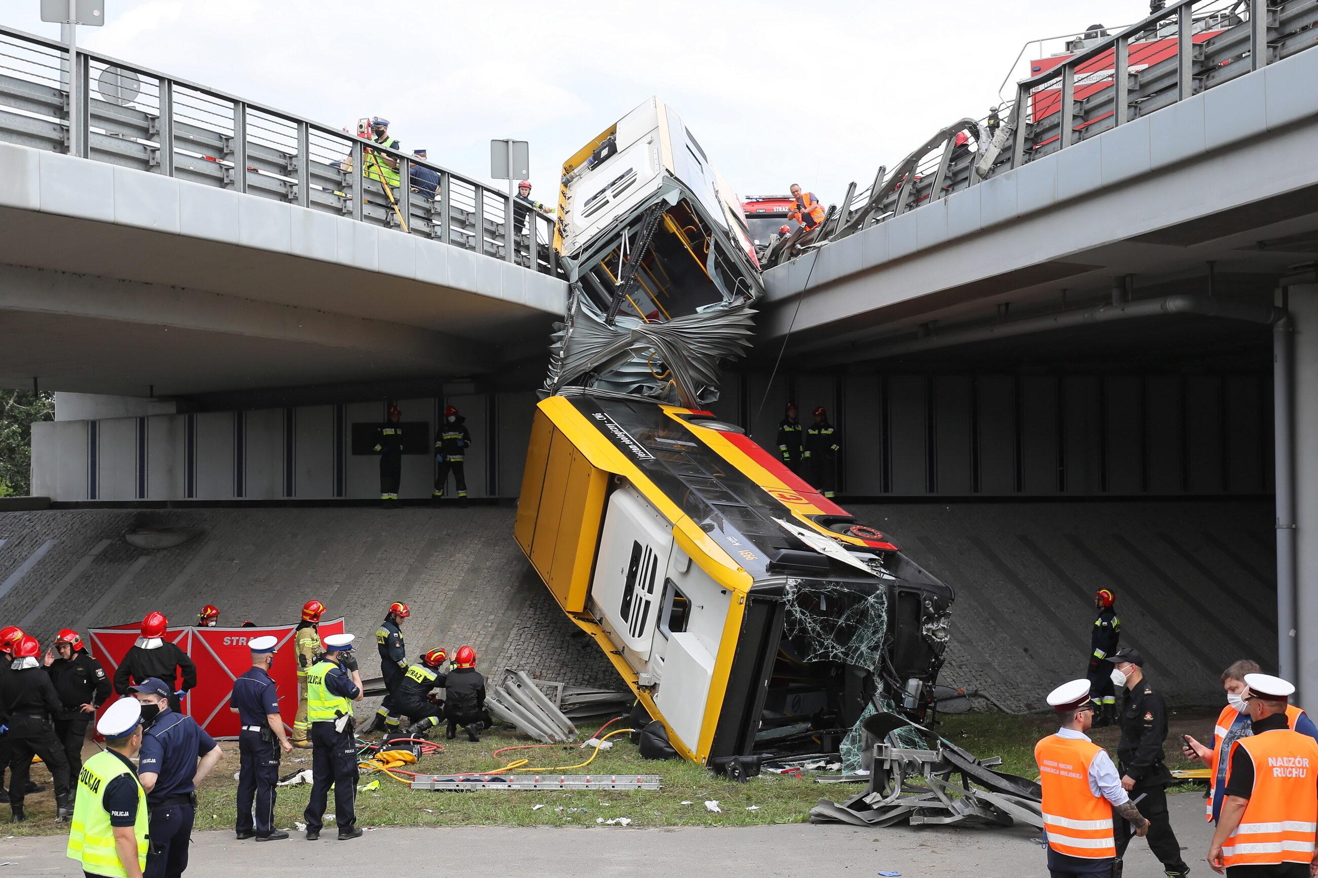 Wypadek autobusu w Warszawie