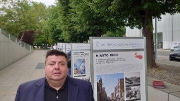 """Wystawa """"Najdalsza Polska. Szczecin 1945-1948"""". Pomysłodawcą Piotr Semka"""