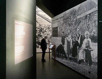 Za pomoc Żydom Niemcy zabili rodzinę Ulmów. Na zdjęciu: wystawa w Gdańsku poświęcona polskim bohaterom