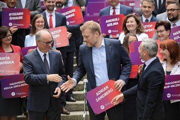 Założyciel i lider partii Wiosna Robert Biedroń (P), przewodniczący SLD Włodzimierz Czarzasty (L) oraz lider partii Razem Andrian Zandberg (C).