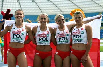 Zwycięska, polska sztafeta 4x400 metrów - od lewej: Natalia Kaczmarek, Justyna Święty-Ersetic, Małgorzata Hołub-Kowalik i Kornelia Lesiewicz
