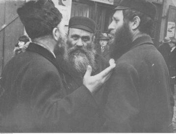 Żydzi w Warszawie. Zdjęcie z lat 30. XX wieku